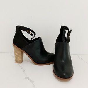 ALDO Servana Leather Bootie (Size 7.5, Black)